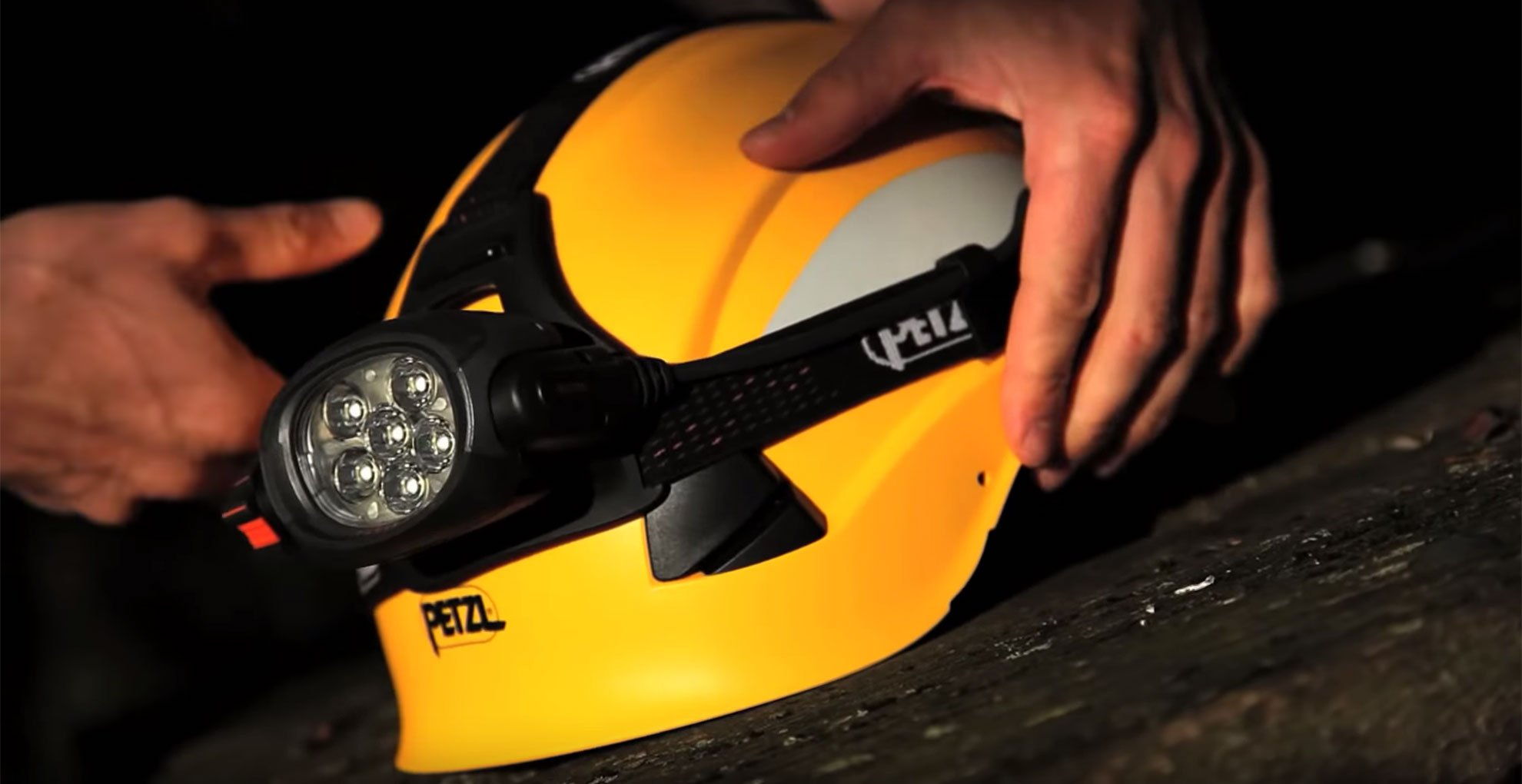PETZL VERTEX AND STRATO HELMETS: EVERYTHING YOU NEED TO KNOW ABOUT ACCESSORISING